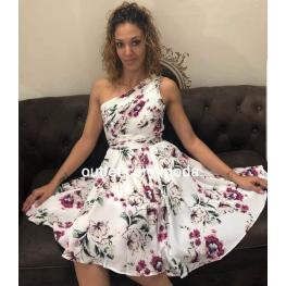 Vestido Corto Angela Blanco Con Flores