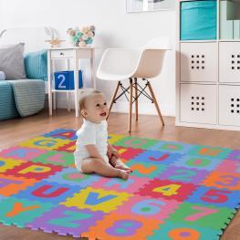 Homcom Alfombra Puzzle Para Niños 31X31Cm 36 Piezas Numeros 0 Al 9 y 26 Letras Alfabeto Goma Espuma Alfombrilla de Juego Para Bebe Infantil área de Co