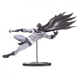 Estatua Batman Black And White Dc Comics 18Cm