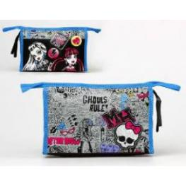 Nesecer Monster High